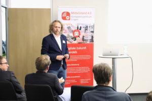 Daniel Terwesche (ballo.digital) ging auf Digitalisierungsstrategien von KMU ein.